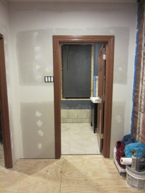 Bathroom door bedroom side with casing