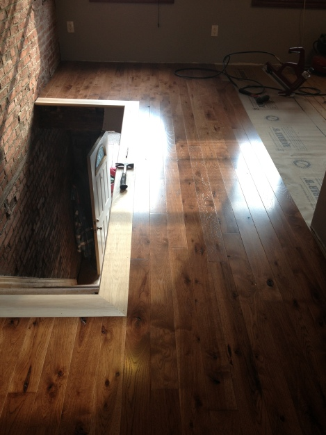 "Character grade 4"" plank flooring - 3/4' solid hickory"